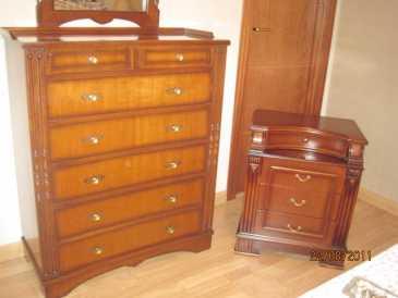 Leer un anuncio proponga a vender muebles dunlopillo for Galan de noche mueble el corte ingles