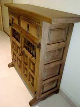 Leer un anuncio proponga a vender mueble no castellano for Mueble castellano restaurado