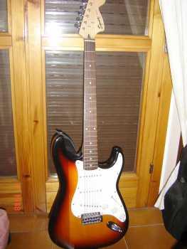 Nuestras Guitar's